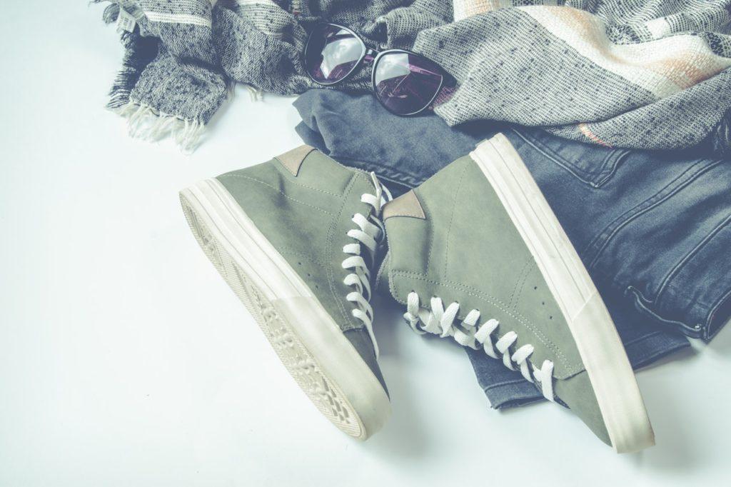 Keilsneaker: Sneakers mit innenliegendem Keilabsatz