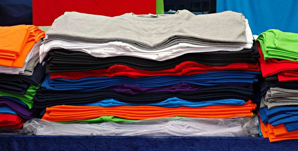 Billige einfarbige T-Shirts für den Alltag