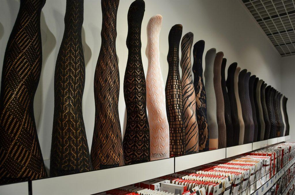 Glanzstrumpfhose – Glänzende Strumpfhosen mit Stil