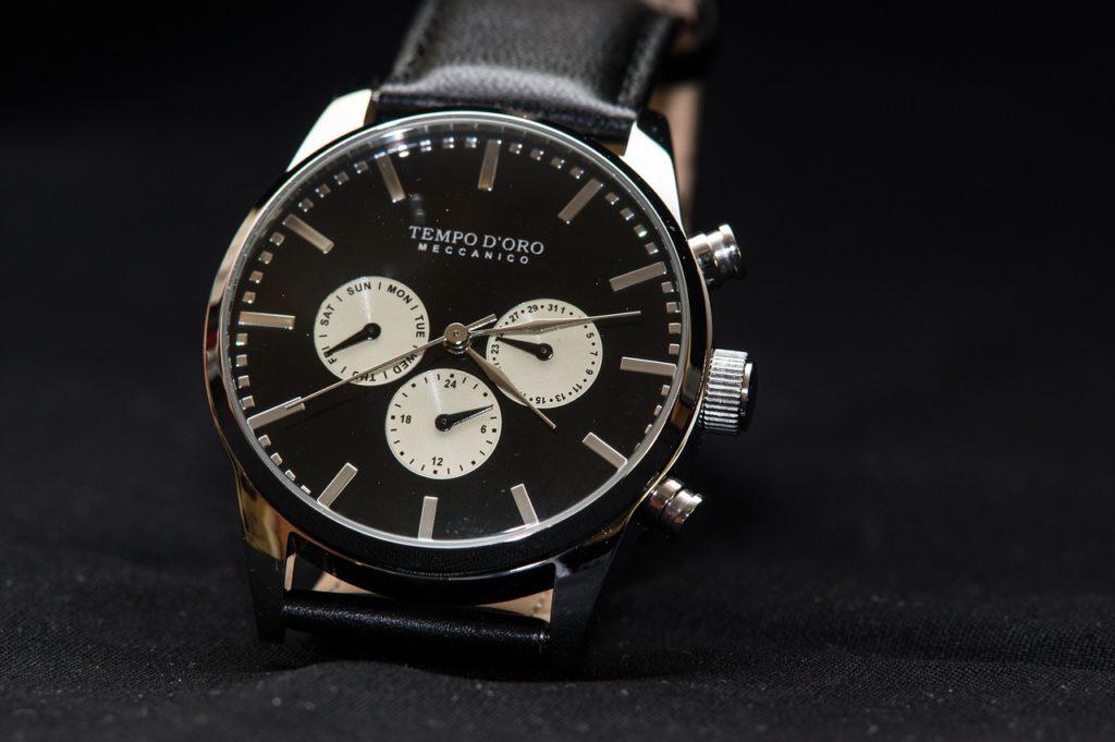 Flache Automatikuhr – Automatische Armbanduhr für Herren