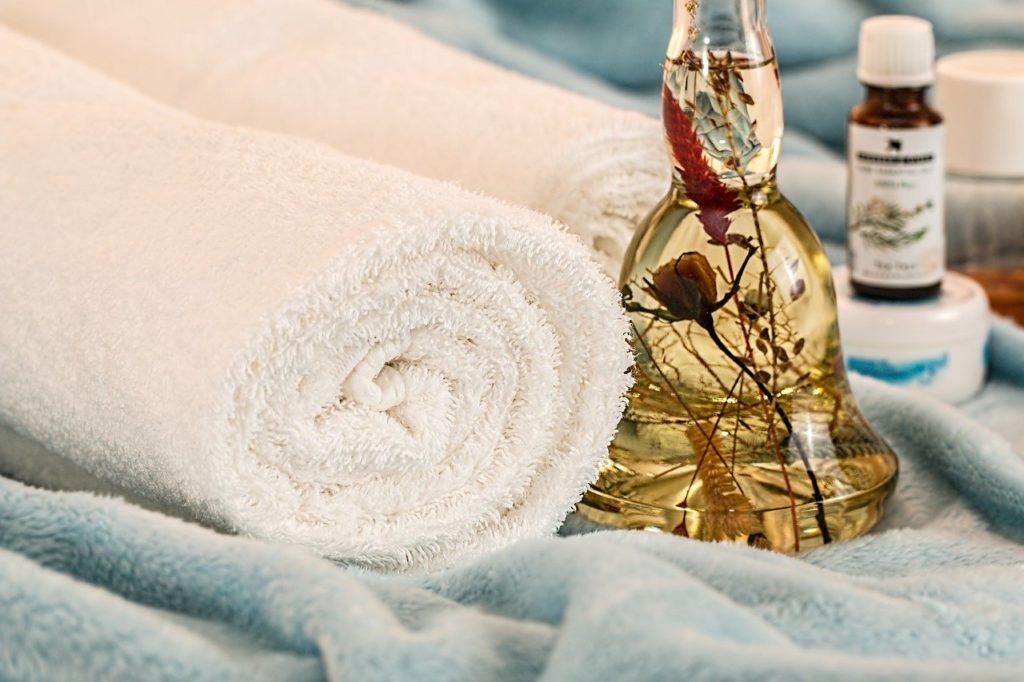 Massageöl für Intimbereich –Spaß für sinnliche Stunden
