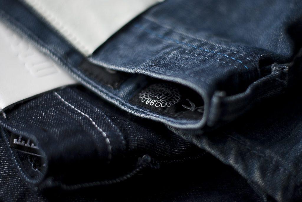 Hochwertige Jeans aus 100% Baumwolle