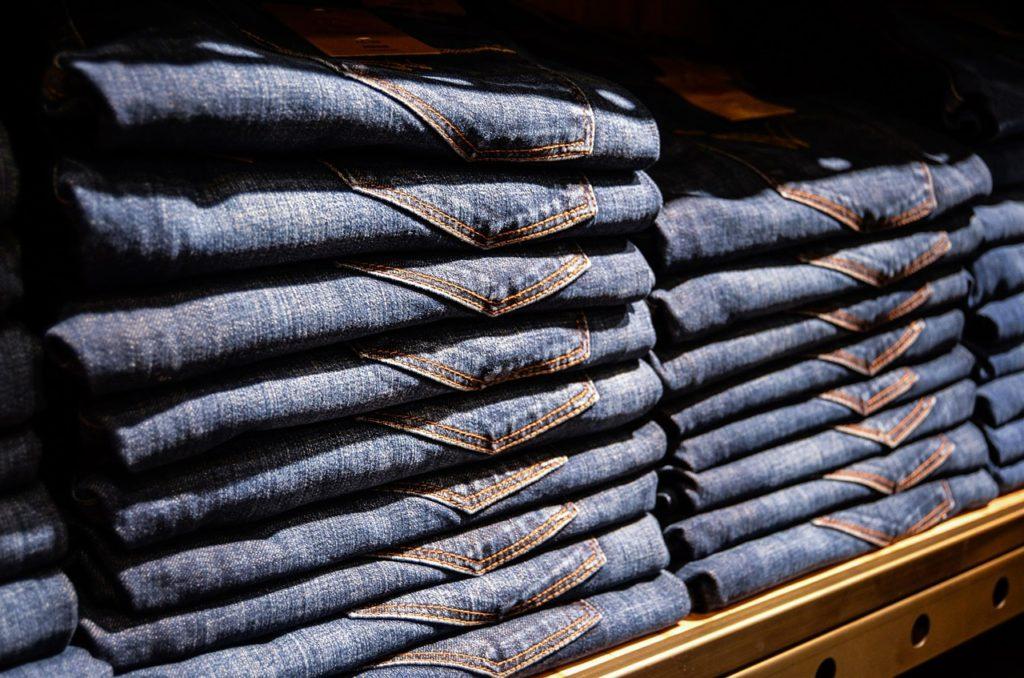 Hose mit Schleife am Bund – Der gemütliche Hosen-Trend